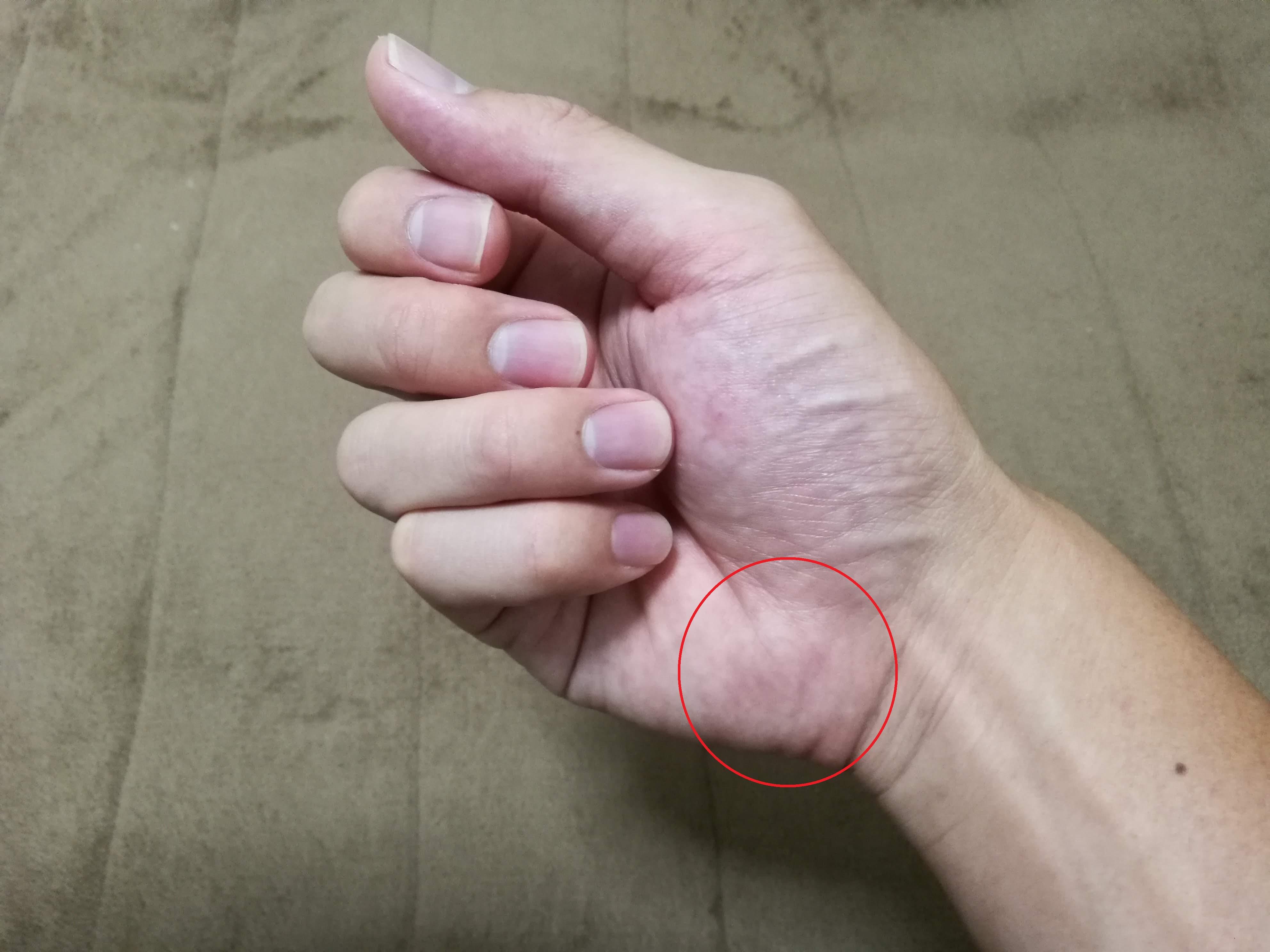 アタックを打つ時、手のどこを意識してますか?